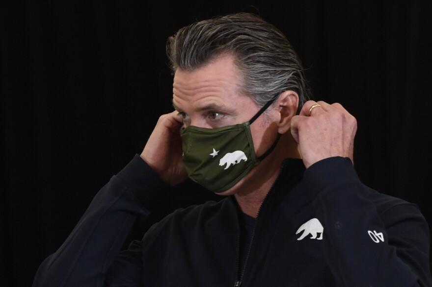 Gavin Newsome Wearing Mask