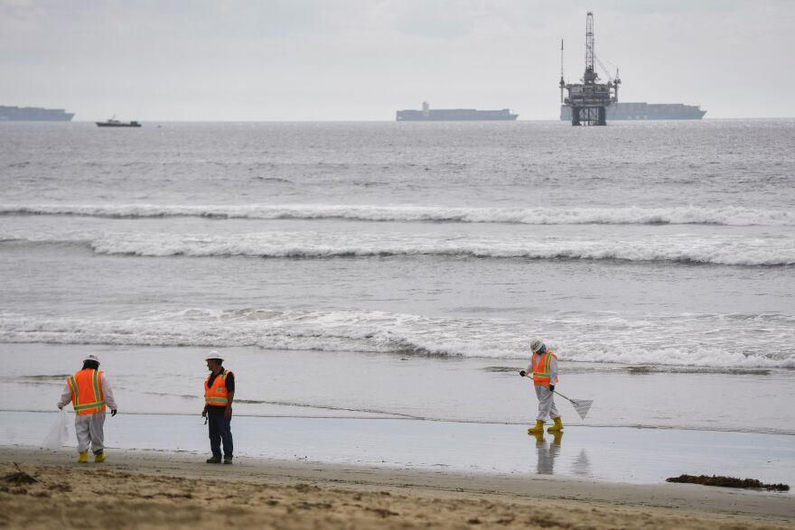 Orange County Oil Spill With Rig In Background